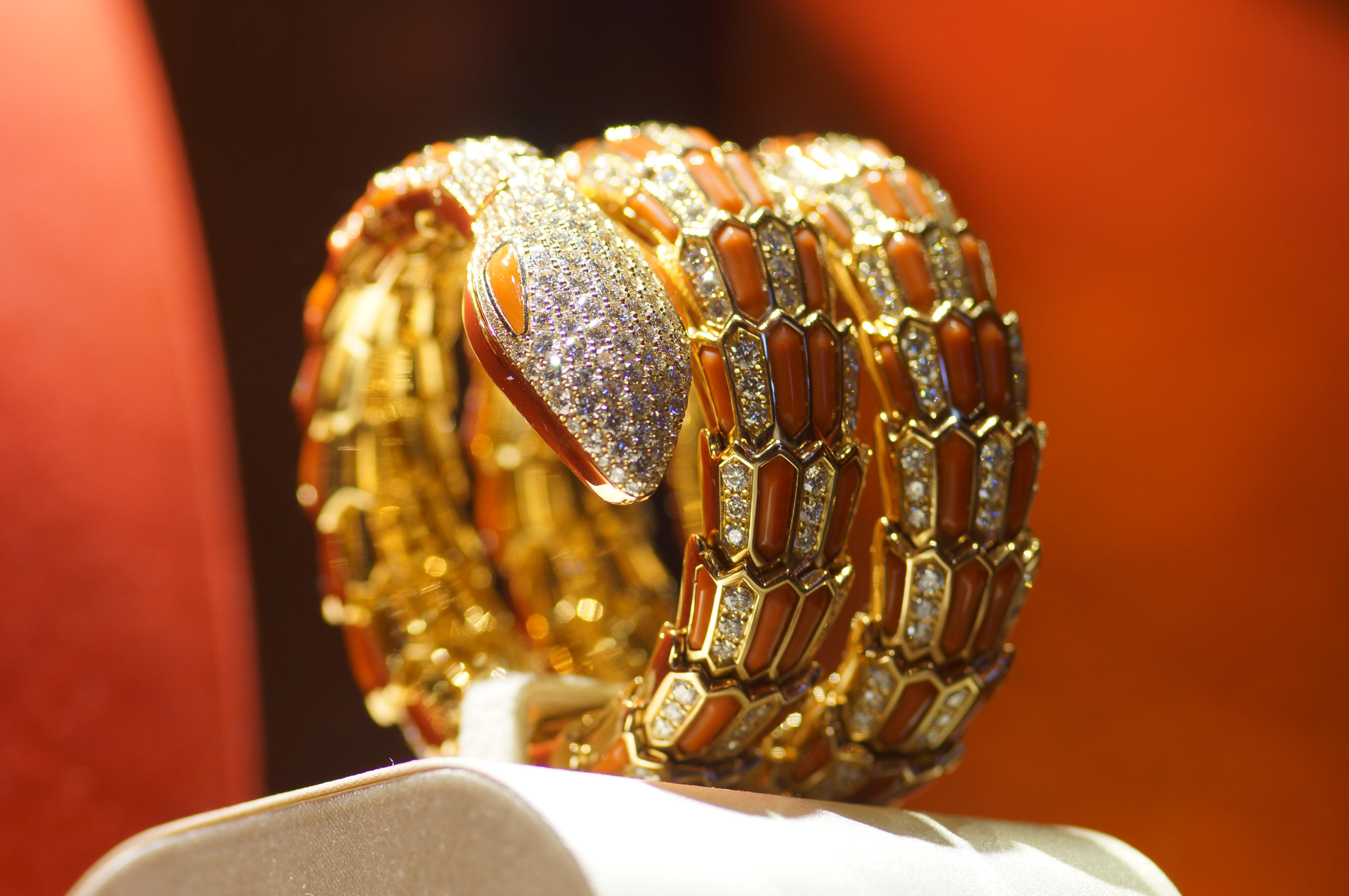 Jewelry Exhibition (3)