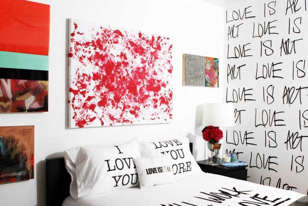 LUVTONE-EDICION-ROJO-LOVE-IS-ART-SPAIN