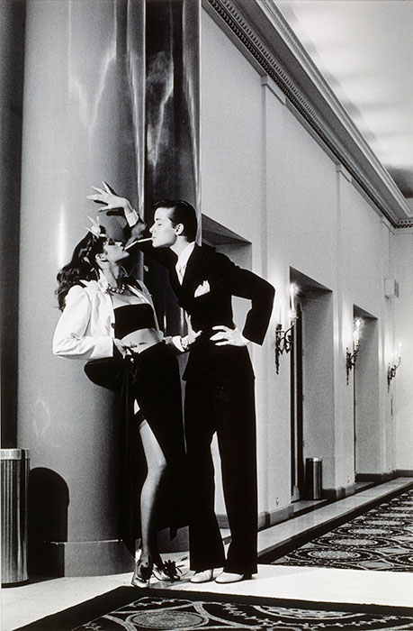 helmut-newton-woman-into-man