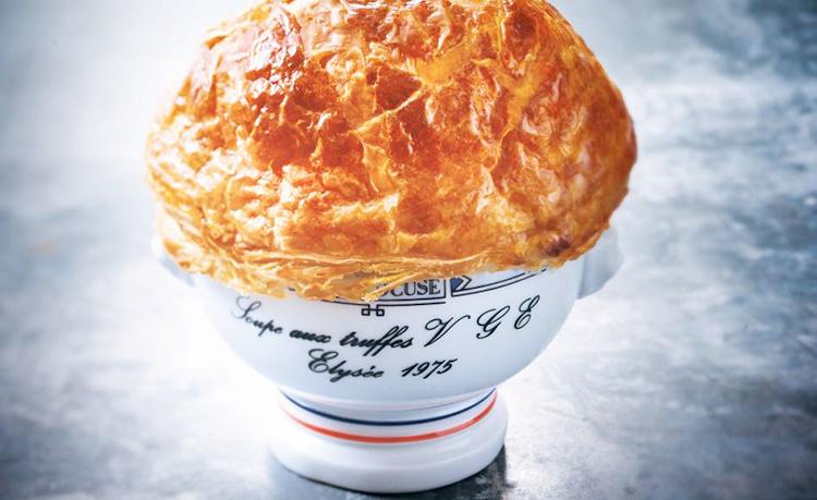 soupe-aux-truffes-restaurantes-estrellas-michelin-viajes-gastronomia