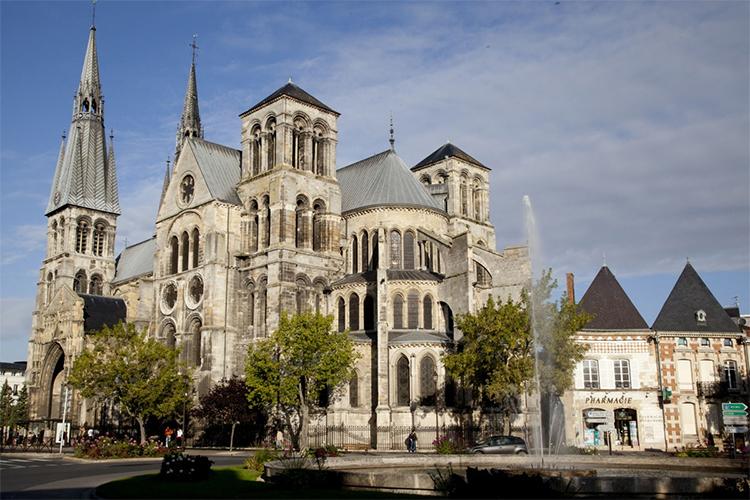 Notre-Dame-en-Vaux, Châlons-en-Champagne, la champagne, viajes, gastronomia, horse magazine