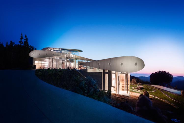 casa-avion-malibu-Magazine-Horse-arte-y-diseño-arquitectura-peculiar
