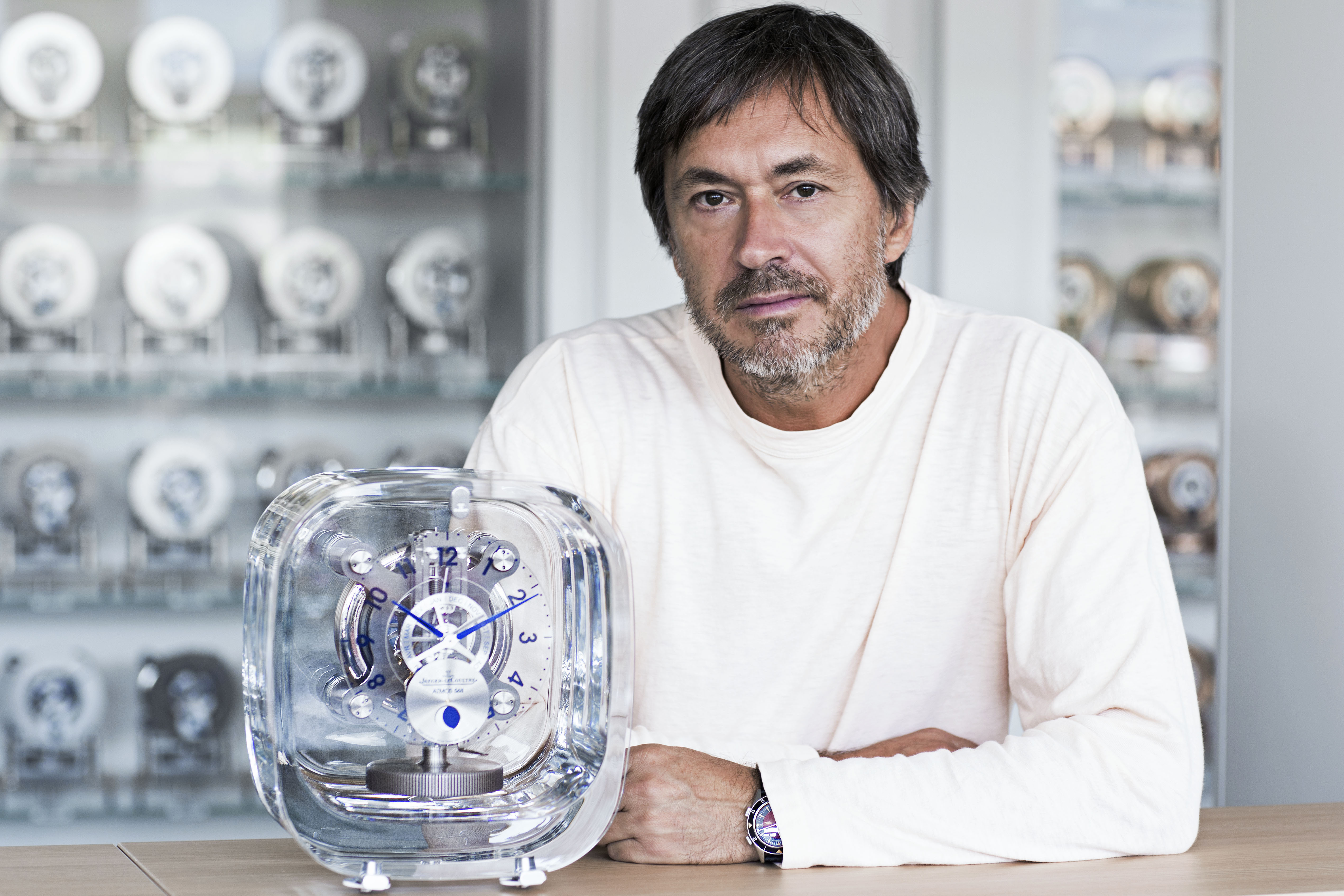 Marc Newson and his last creation Atmos 568 (2016) for Jaeger-LeCoultre
