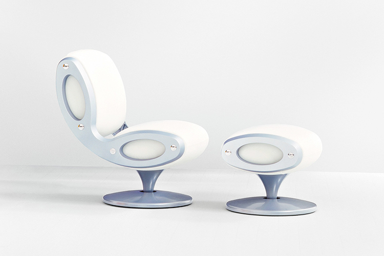 marc-newson-entrevista-magazine-horse-creatividad gluon-chair