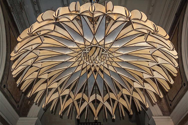 benedetta tagliabue, benedetta tagliabue entrevista, arquitectura, benedetta tagliabue arquitecta, estudio embt, lampara, fundación enric miralles