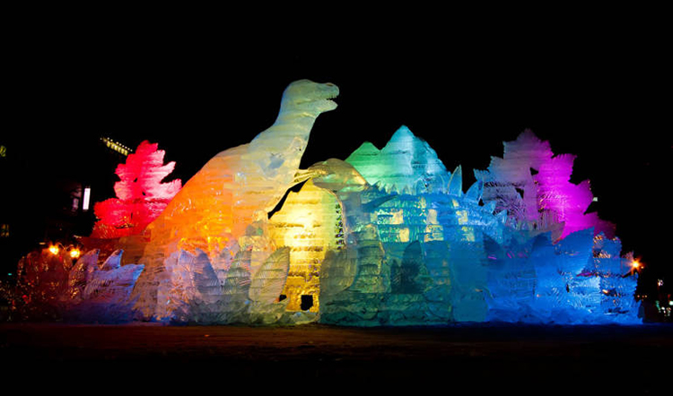 Night visit to the ice sculptures of Sapporo Snow Festival