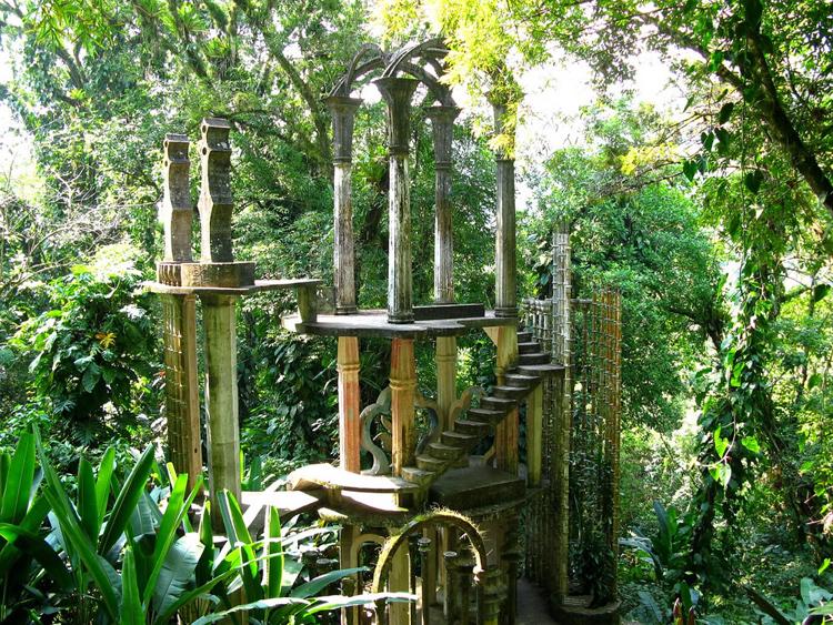 El Palacio de Bambú, o Torre de la Esperanza tal y como la llamó James, está en una de las zonas más altas del conjunto y ofrece unas vistas increíbles