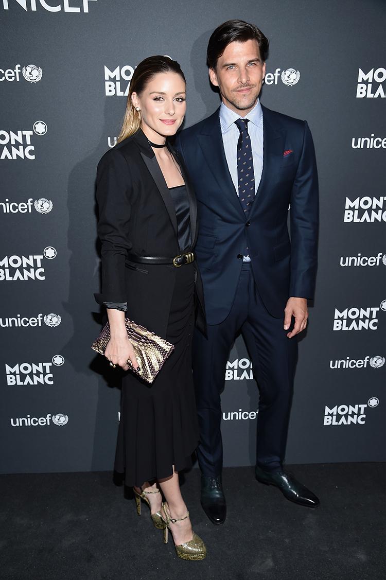 Olivia Palermo y Johannes Huebl a su llegada a la Biblioteca de NYC