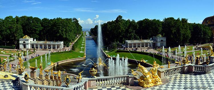 El Palacio de Peterhof es uno de los más espectaculares del ingente patrimonio histórico de San Petersburgo
