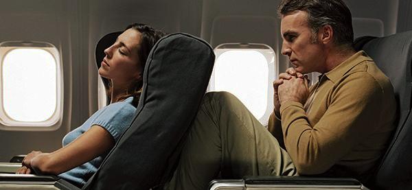 Ejercicios-en-el-avion-durante-un vuelo-largo-magazinehorse