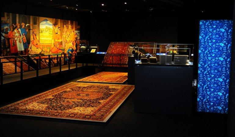 qatar-imperial-threads-exhibition-magazinehorse