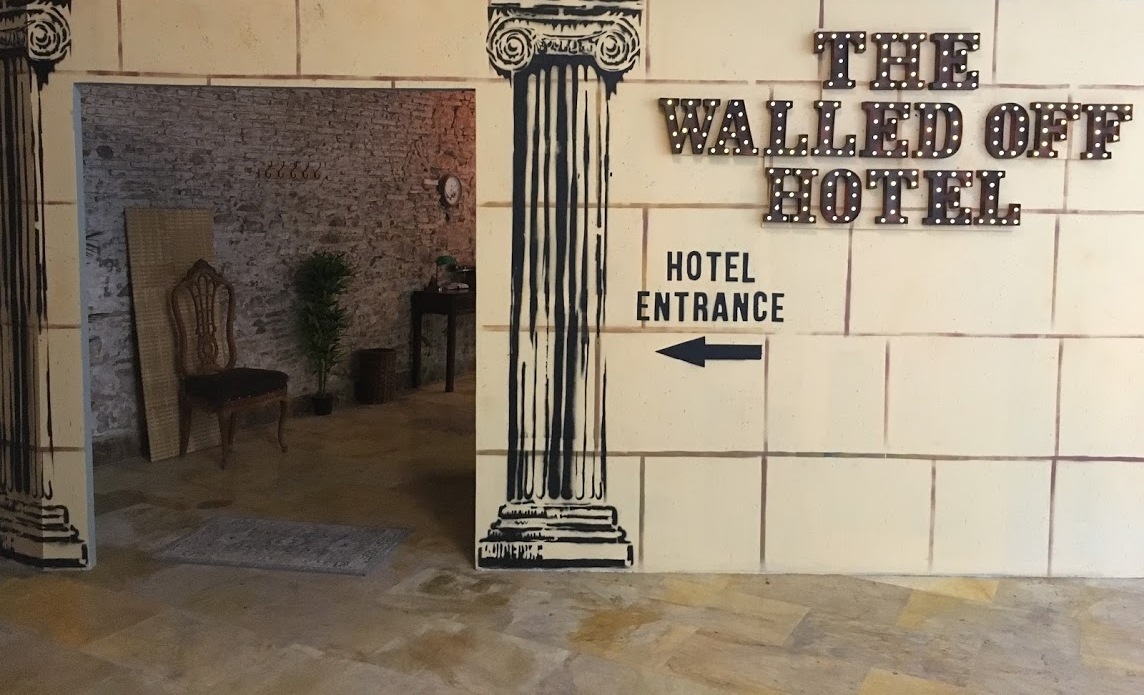 Bansky-the-walled-off-hotel-magazinehorse