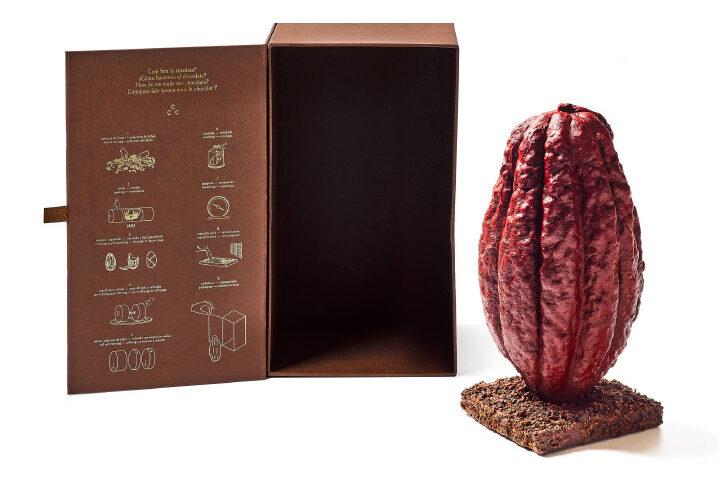 Vaina-chocolate-jordi-roca-Casa-Cacao-magazine-horse