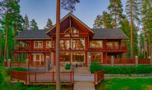 marriott-villa-luxury-finland-exclusive-magazine-horse