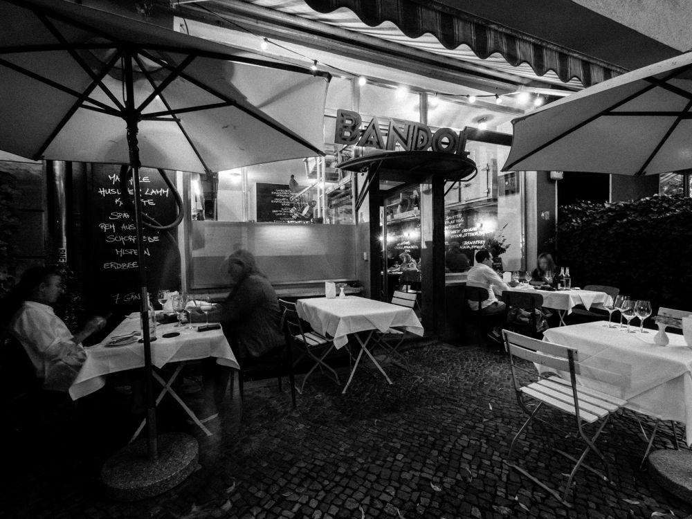 Bandol-sur-Mer-Berlin-guide-restaurant-Michelin-magazinehorse
