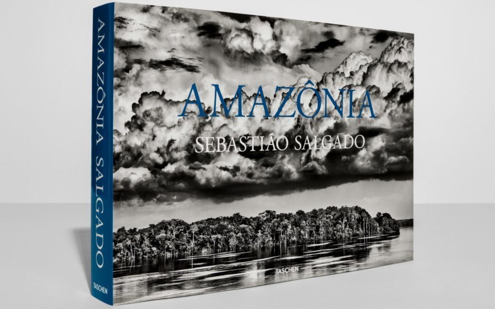 Sebastiao Salgado-Amazonia-Magazine Horse